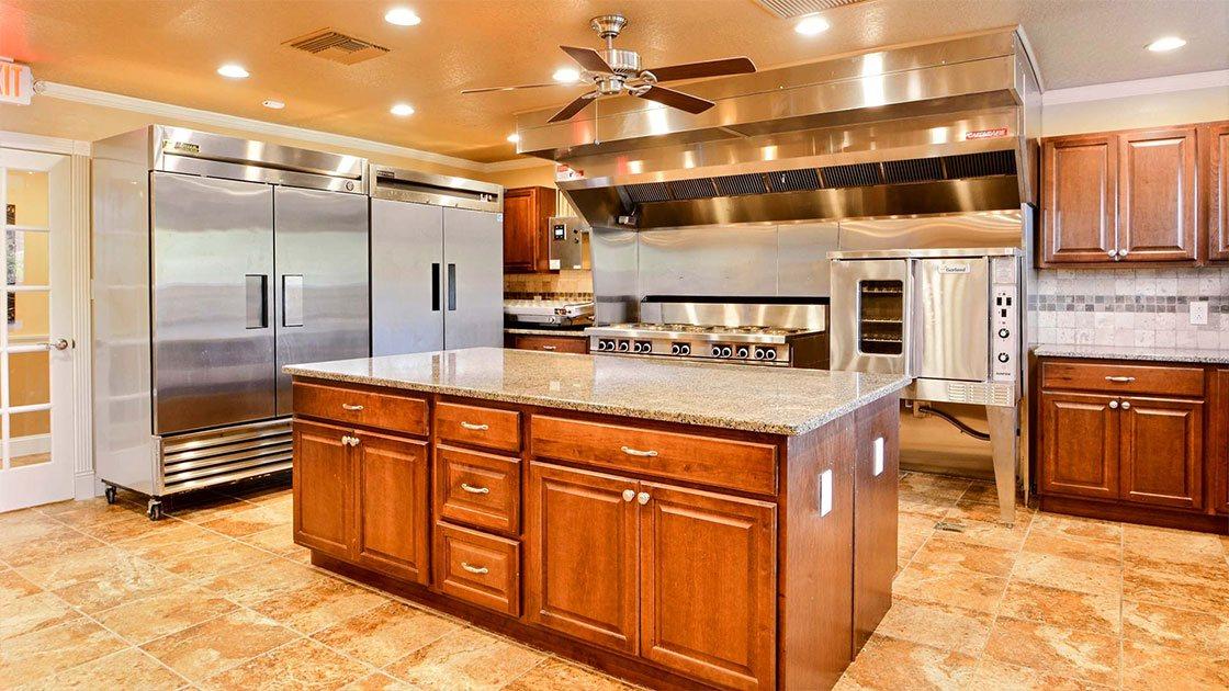 Water Oaks Home Sales Model Kitchen